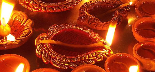 Damodar Month (Karthik)
